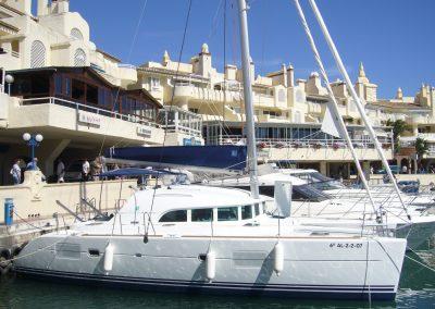 P1000273 Catamarán Dragón de oro en Benalmádena