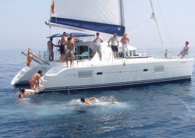 P1000320 Foto Paseo en barco y baño en el mar en Benalmádena, Málaga