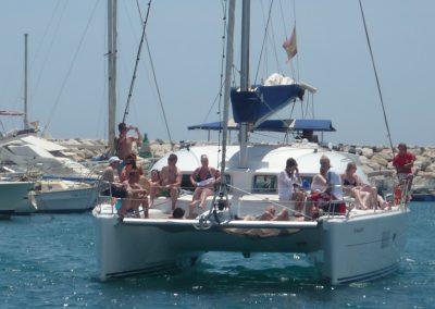 P1020057 Paseo en barco con amigos y familiares, catamarán en Málaga