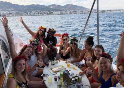 Fiesta en barco PARTY BOAT