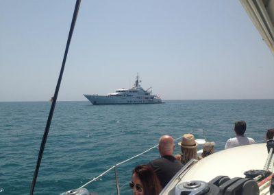 navegar en catamaran dragon de oro