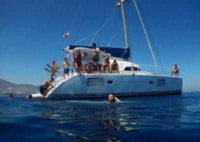 Imagen Baño en el mar barco catamaran benalmadena