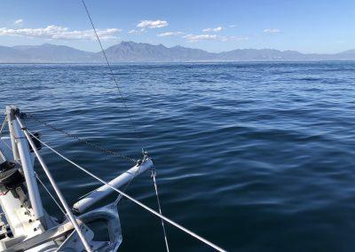 Paseo en catamarán en Benalmádena, Málaga-min