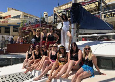 Departure by boat, bachelorette party in Benalmadena, Malaga-min